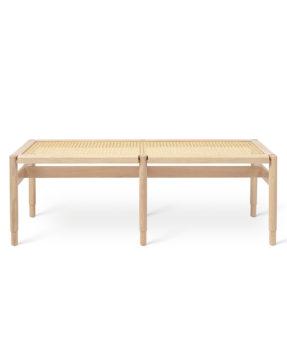 Mater Winston Bench - Bank aus zertifiziertem Eichenholz at RAUM concept store